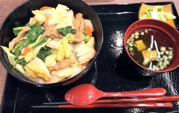大豆ミートのあんかけ丼の画像